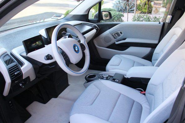 praktyczne gumowe dywaniki samochodowe
